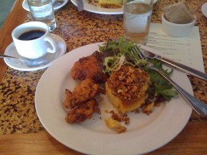 Country Cat fried chicken (brunch)